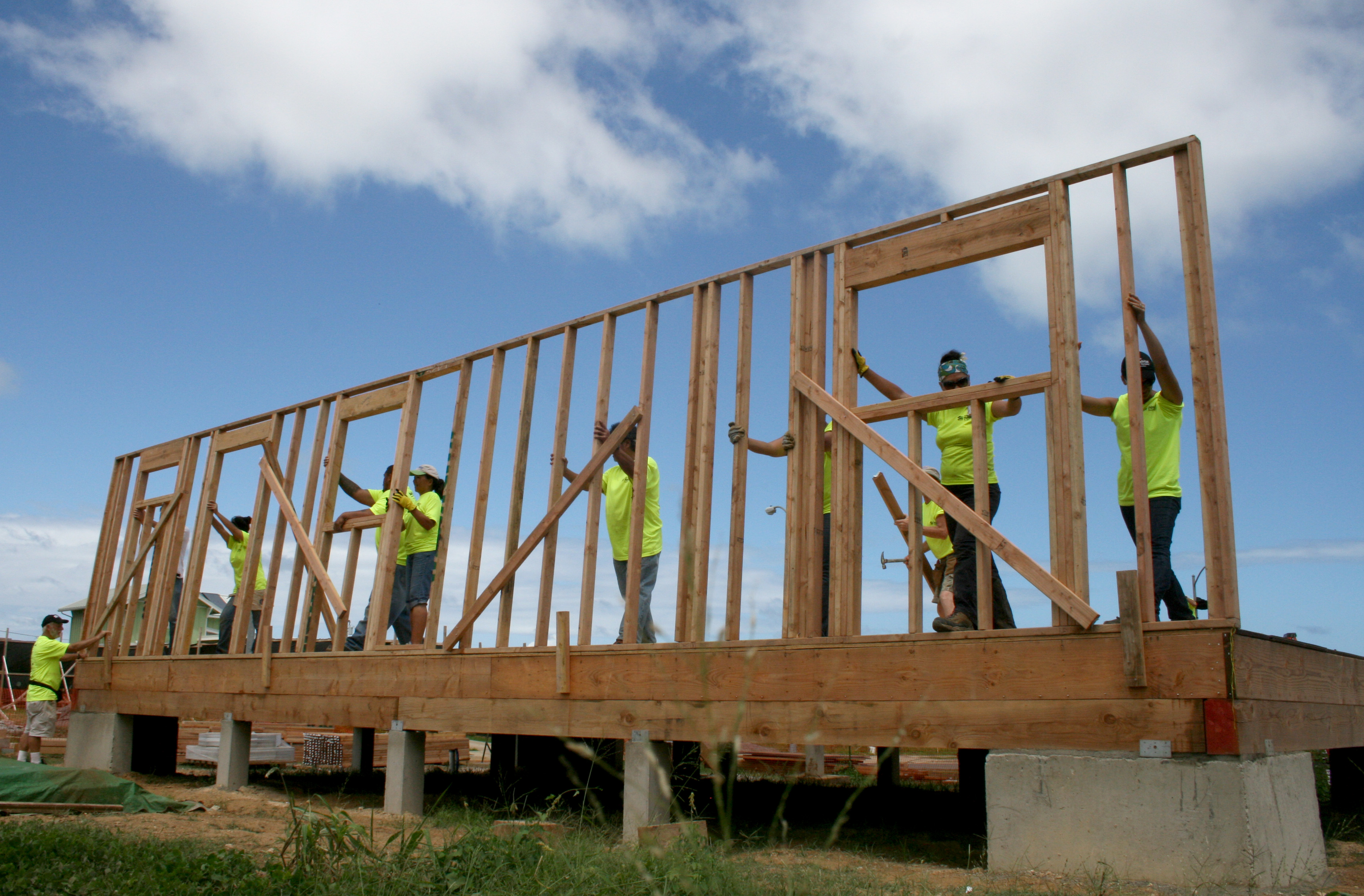 Department of hawaiian home lands dhhl joins habitat for for How much to build a house in hawaii
